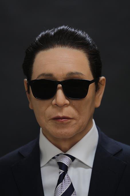 タモリさん等身大フィギュア