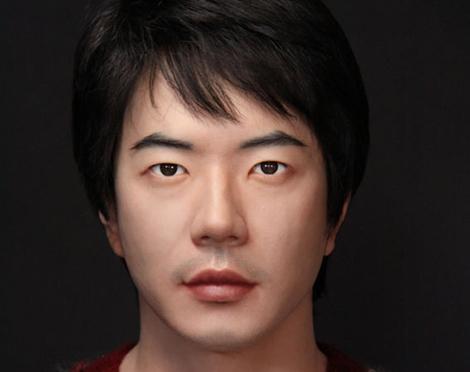 クォン・サンウ 等身大フィギュア