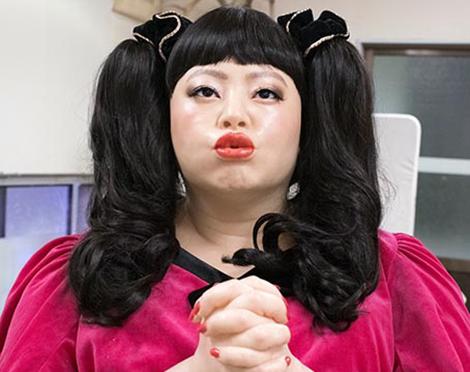 渡辺直美さん等身大フィギュア